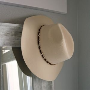 Accessories - Felt Panama Hat with Chain Band